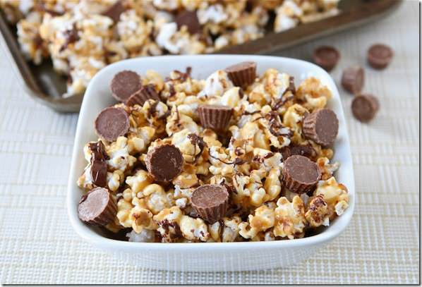 Reeses-peanut-butter-popcorn32