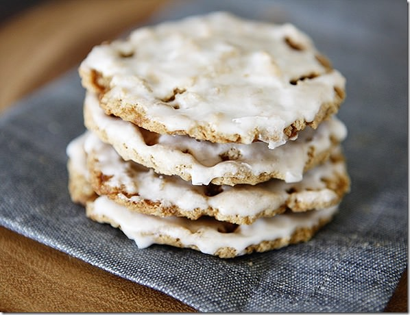 frosted-oatmeal-cookie