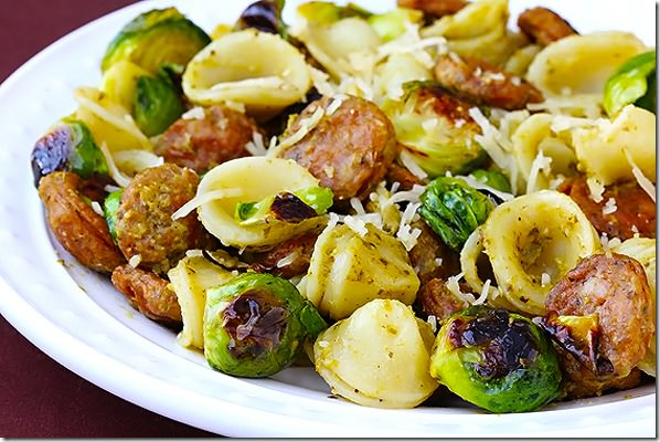 pesto-pasta-with-chicken-sausage-and-brussels-sprouts2