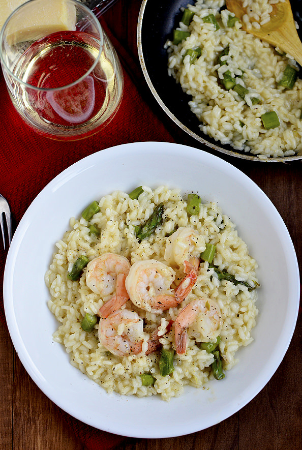 Overhead photo of bowl of shrimp and asparagus risotto