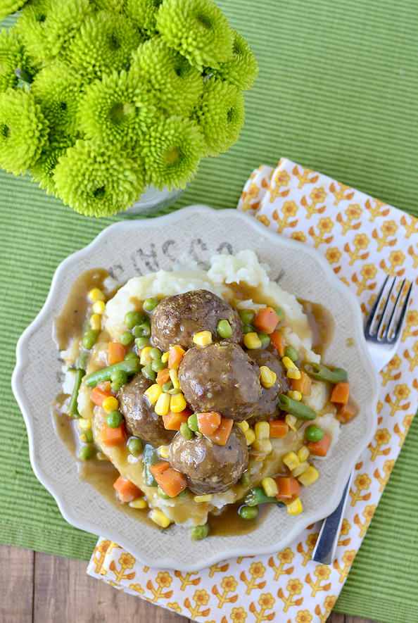 Shepherds Pie Meatballs and Mashed Potatoes is especially fun for St. Patrick's Day! | buzzpur.info