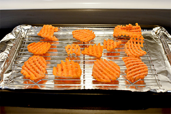 Healthier Smothered Sweet Potato Fries, plus how to make ground beef go farther!   iowagirleats.com