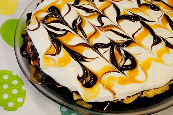 No Bake Peanut Butter Pie | iowagirleats.com