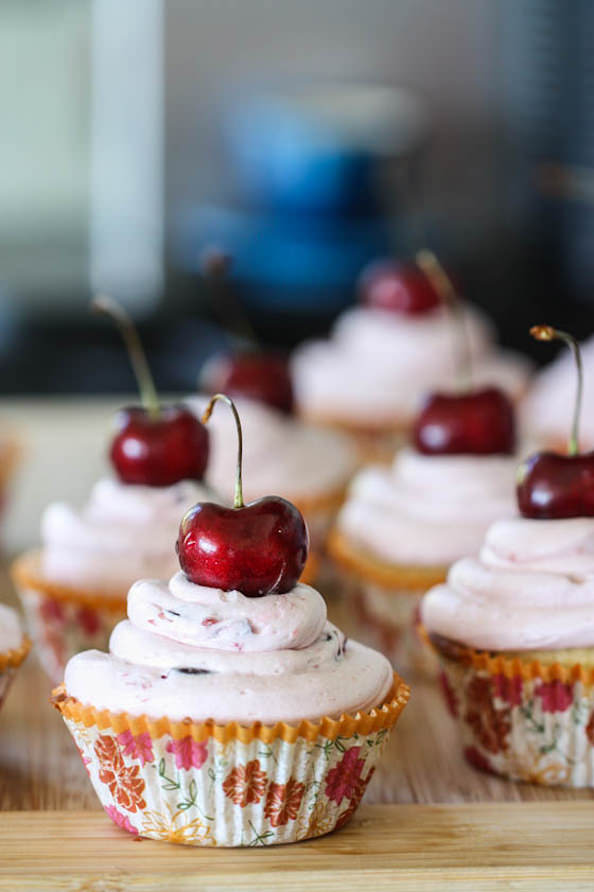 Cherry-limeade-cupcakes_mini