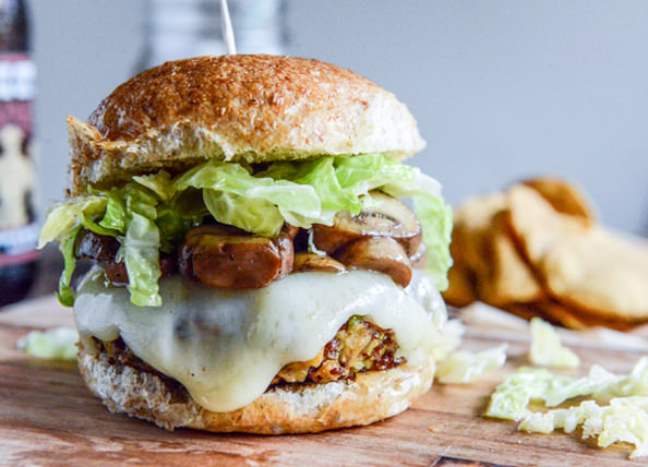 Crispy-Autumn-Veg-Burgers-with-Apple-Cider-Slaw-1-4_mini