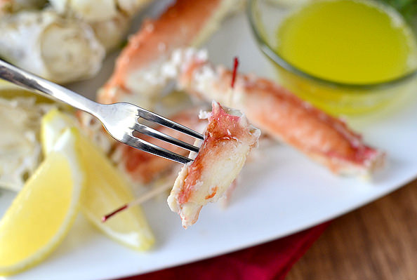 Drunken Alaska King Crab | iowagirleats.com
