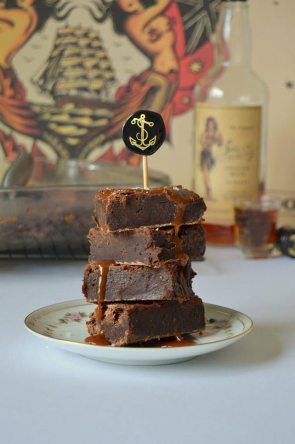 Tattooed-Martha-Boozy-Brownies-with-Salted-Caramel-Rum-Sauce-4-682x1024_mini