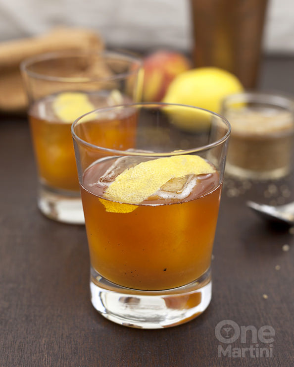 peach-bourbon-iced-tea-cocktail-3-680x848_mini