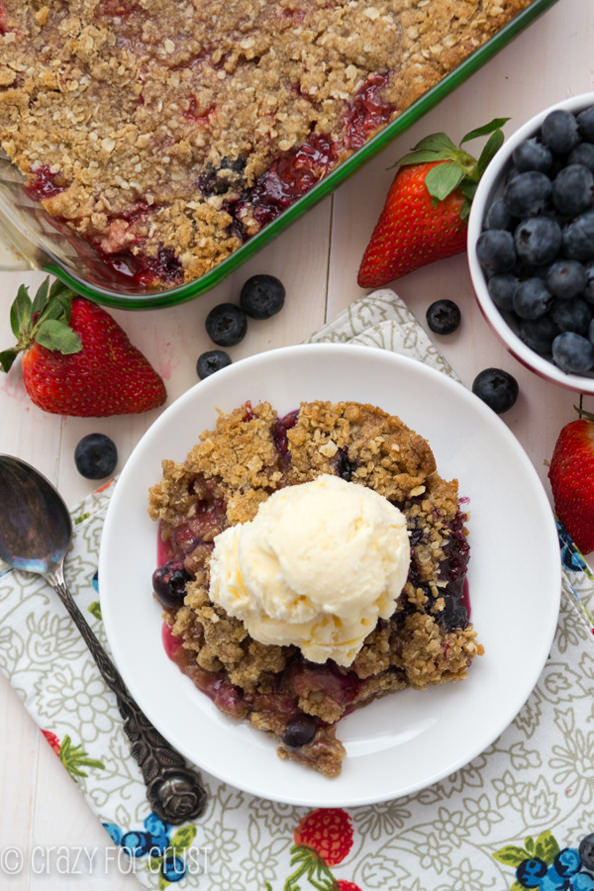 Berry-Crisp-with-Oatmeal-Cookie-Crumble-7-of-10_mini