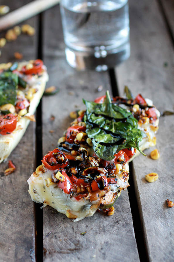 Easy-Crispy-Basil-Caramelized-Garden-Vegetable- -Fontina-French-Bread-Pizza-12_mini