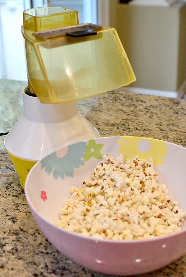Brown Butter and Crispy Sage Popcorn + How to Make Popcorn on the Stove with 3 Different Oil! #snack | iowagirleats.com