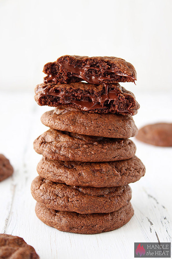 Double-Chocolate-Cookies-01_mini