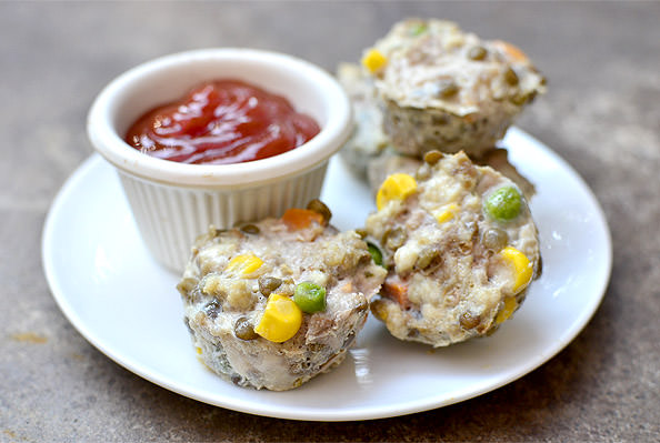 Mini Turkey-Lentil Meatloaves for Toddlers! #glutenfree #dairyfree | iowagirleats.com