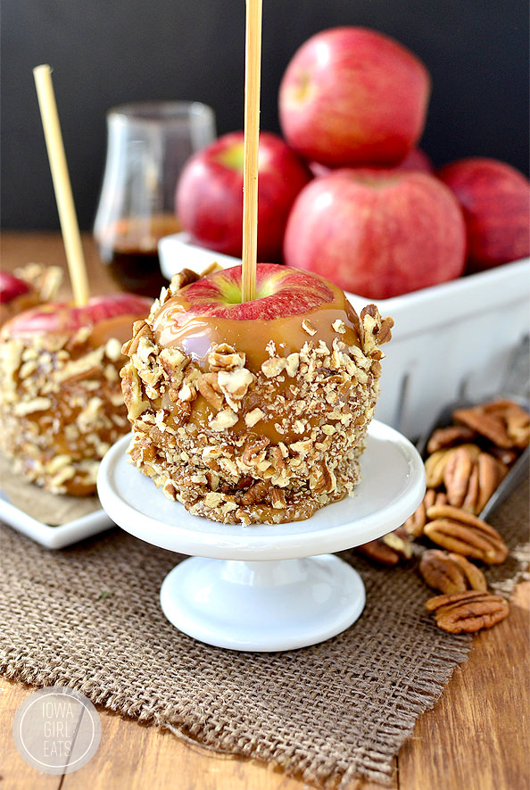 Easy Bourbon-Caramel Apples with Pecans are a grown-up treat for fall and Halloween! #glutenfree   iowagirleats.com