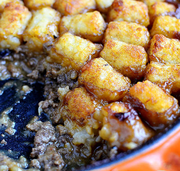 Featured image of Skillet Tater Tot Casserole