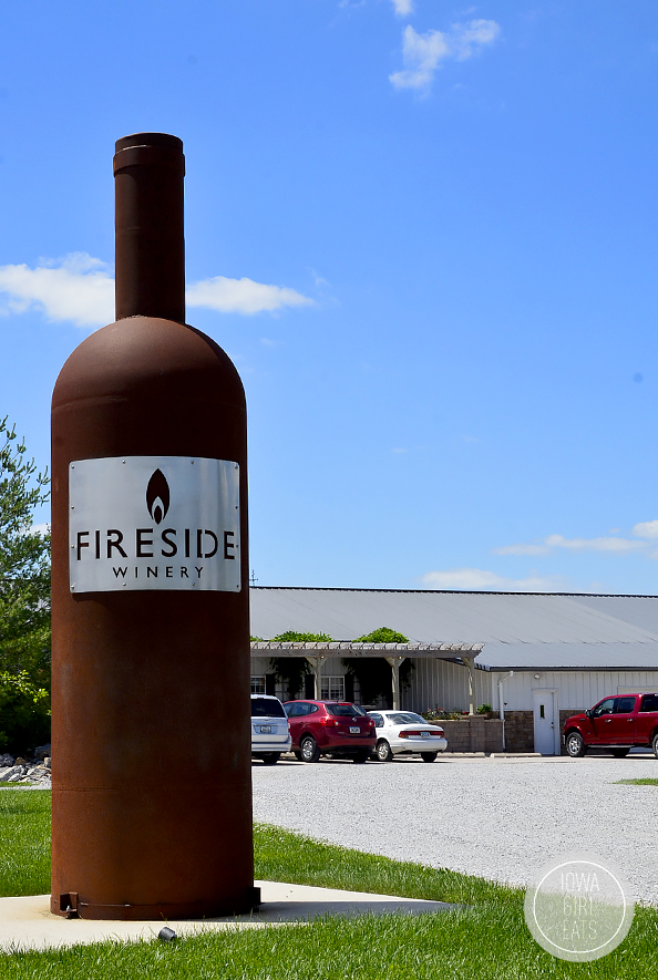 Fireside Winery Visit | iowagirleats.com