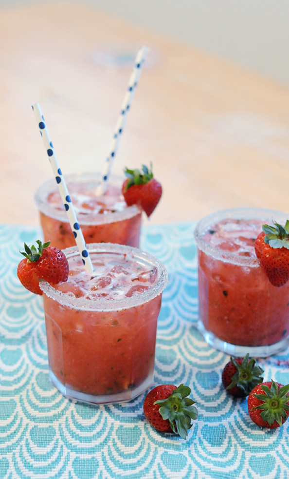 strawberry-basil-spritz-2-1