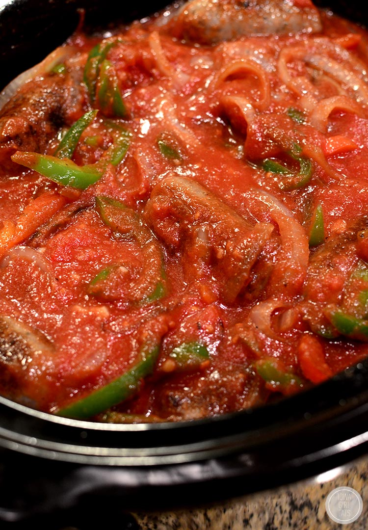 Crock-Pot-Sausage-and-Peppers-iowagirleats-10