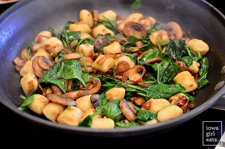 Gnocchi-with-Spinach-Mushrooms-and-Crispy-Prosciutto-iowagirleats-11