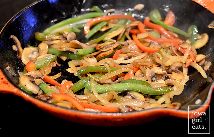 The-BEST-Chicken-Fajitas-iowagirleats-06