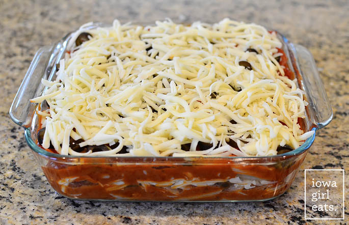 5-Ingredient-Pizza-Pasta-Bake-iowagirleats-06