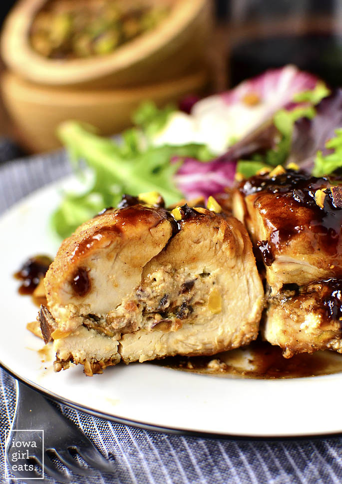 Fig-Goat-Cheese-and-Pistachio-Stuffed-Chicken-with-Fig-Balsamic-Pan-Sauce-iowagirleats-03