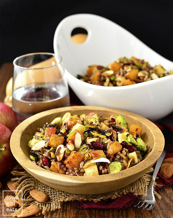 Wild Rice Harvest Bowls with Fig Balsamic Vinaigrette are full of healthy, fall-inspired ingredients. Make a big batch then enjoy for lunch all week long! | buzzpur.info