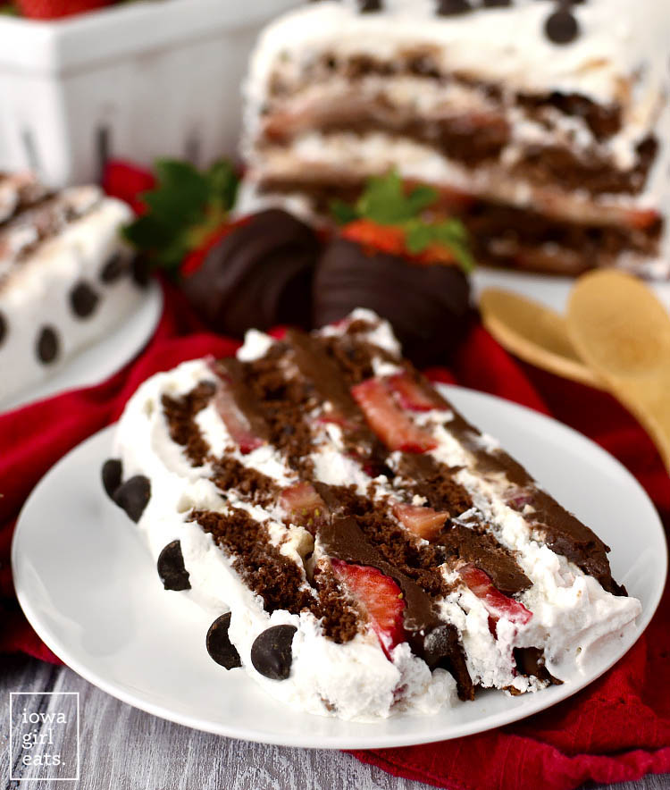 Chocolate-Covered Strawberry Icebox Cake is for serious chocolate lovers only! Thisgluten-free, dairy-free dessert recipe is decadent, sweet, and packed with chocolate. | iowagirleats.com